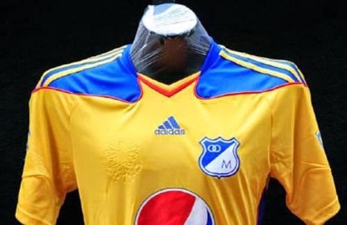 deportv_peores_camisetas_historia_futbol_4